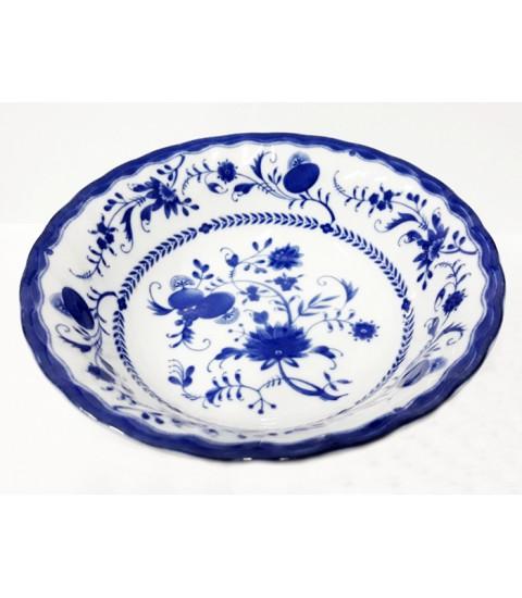 Đĩa ceramic men lam sâu lòng họa tiết.