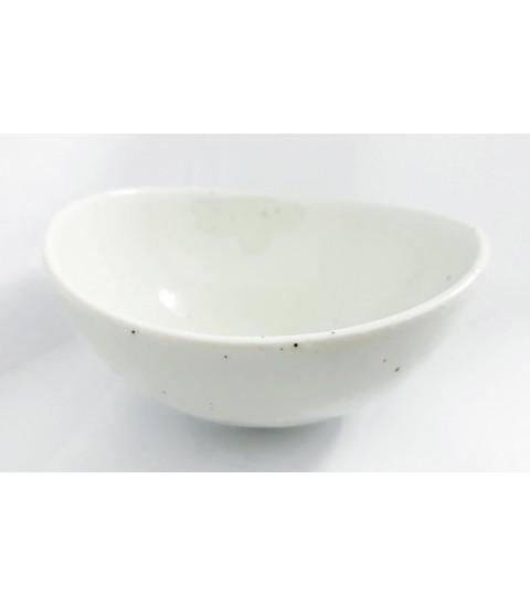 Bát sứ hình Oval màu trắng